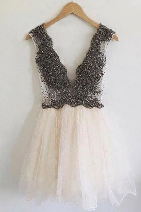 Homecoming Dresses, Homecoming Dresses 2018, Beading Homecoming Dresses, Sexy V-neck Homecoming Dresses,Tulle Homecoming Dresses, Short Prom Dresses, Short Party Dresses, Prom Dresses, Cocktail Dresses